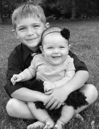 Black & white photography. Big brother, little sister | Big Brothers ...