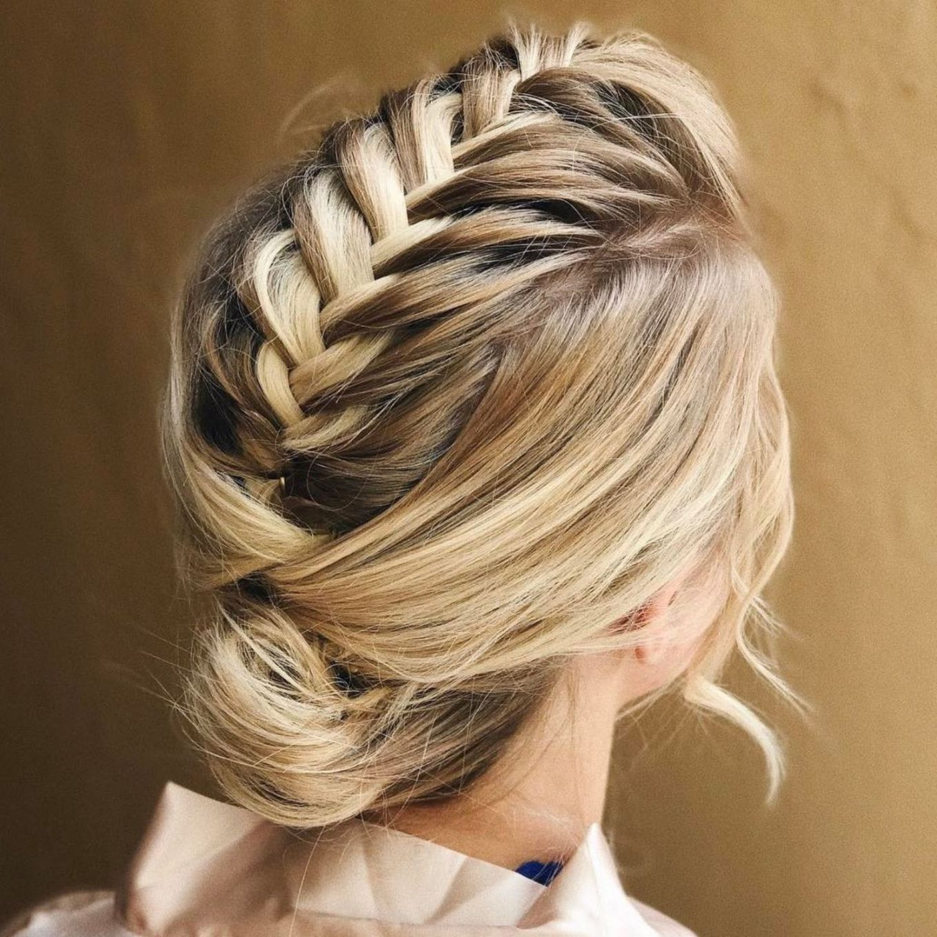 Trendiest Updos for Medium Length Hair  hair  Pinterest  Bun