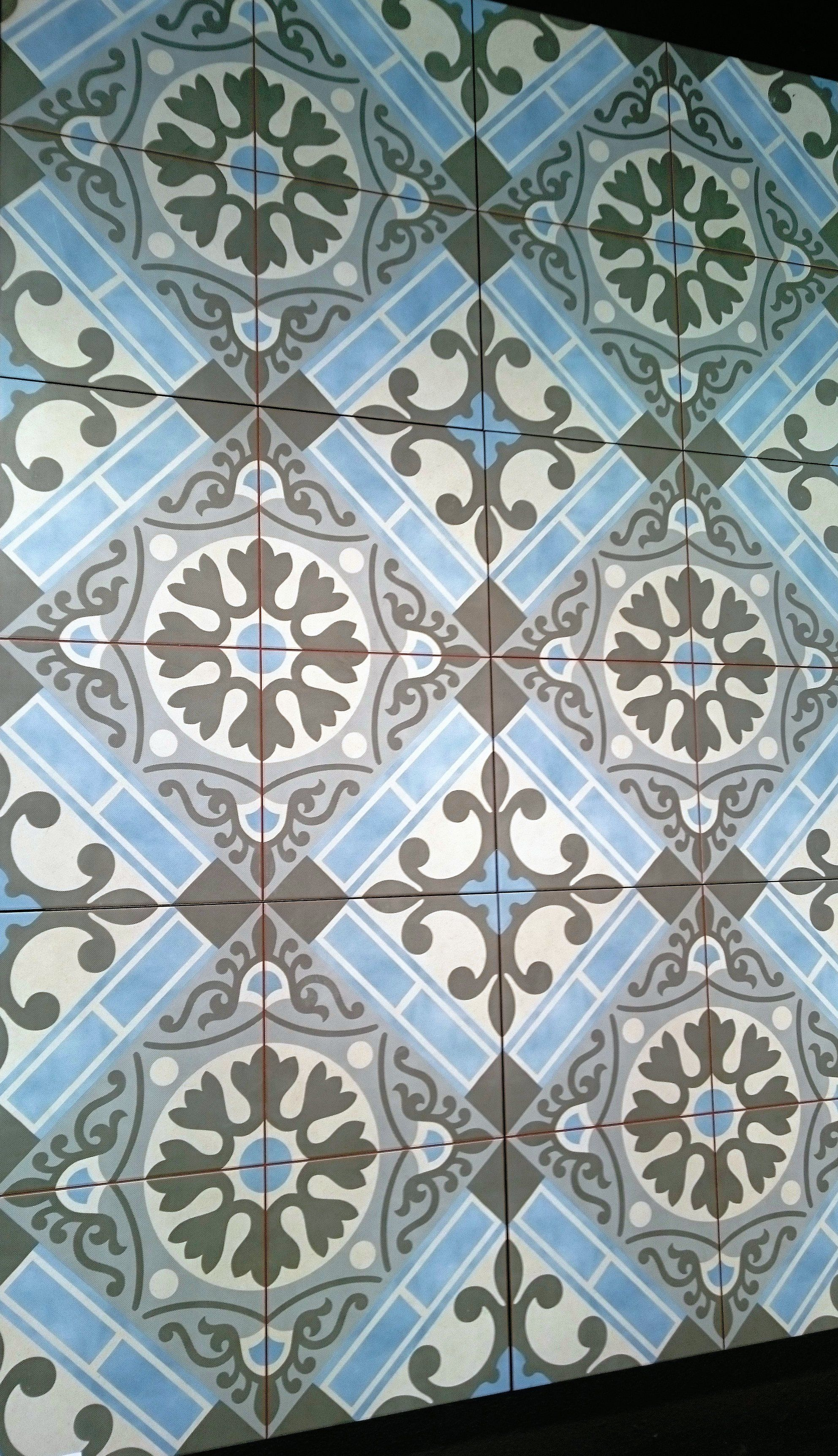 Replica encaustic tiles from spain these hard wearing ceramic tiles replica encaustic tiles from spain these hard wearing ceramic tiles require no sealing or maintenance dailygadgetfo Images