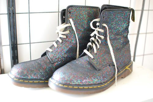GLITTER 8-eye boots