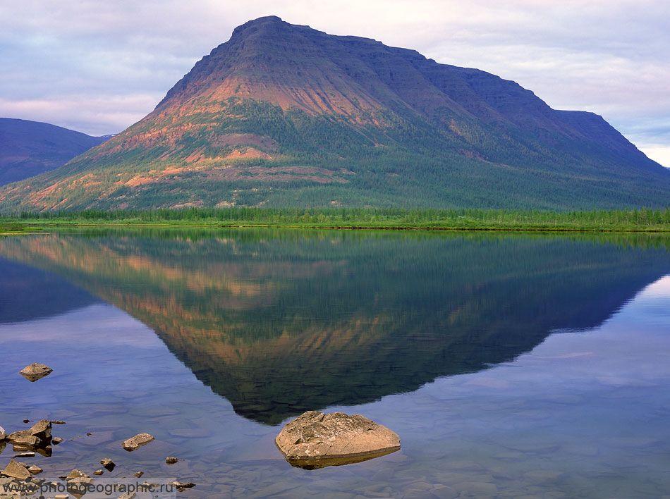 Кутуромкан. Озеро на плато Плуторан