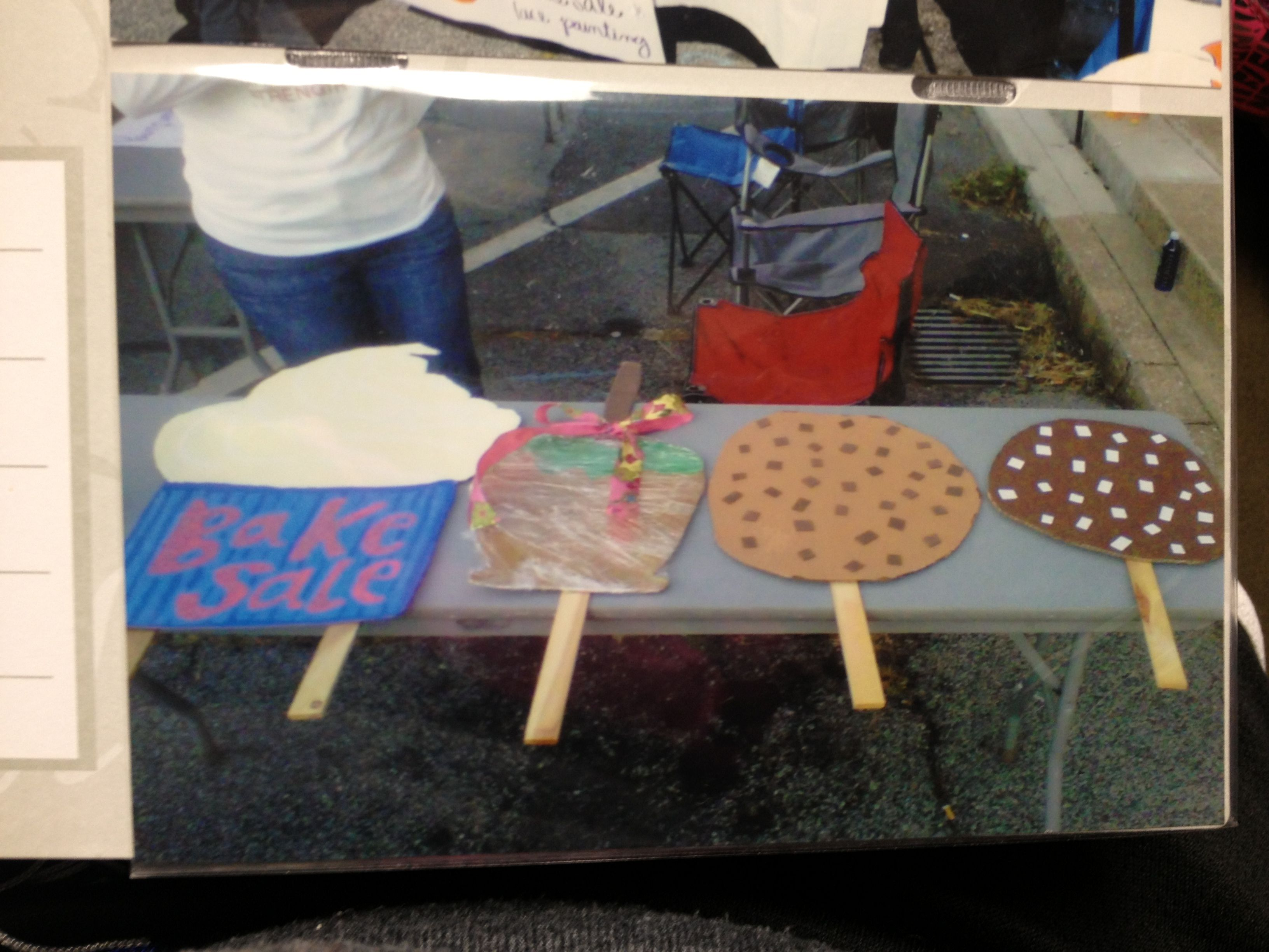 one of my signs for the school bake paint on bake signs have kids make giant cupcakes cookies and cakes construction