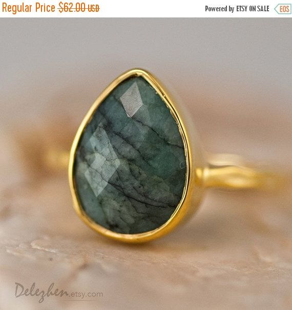 ON SALE - Raw Emerald Ring - May Birthstone Ring - Gemstone Ring - Stacking Ring - Gold Ring - Tear Drop Ring