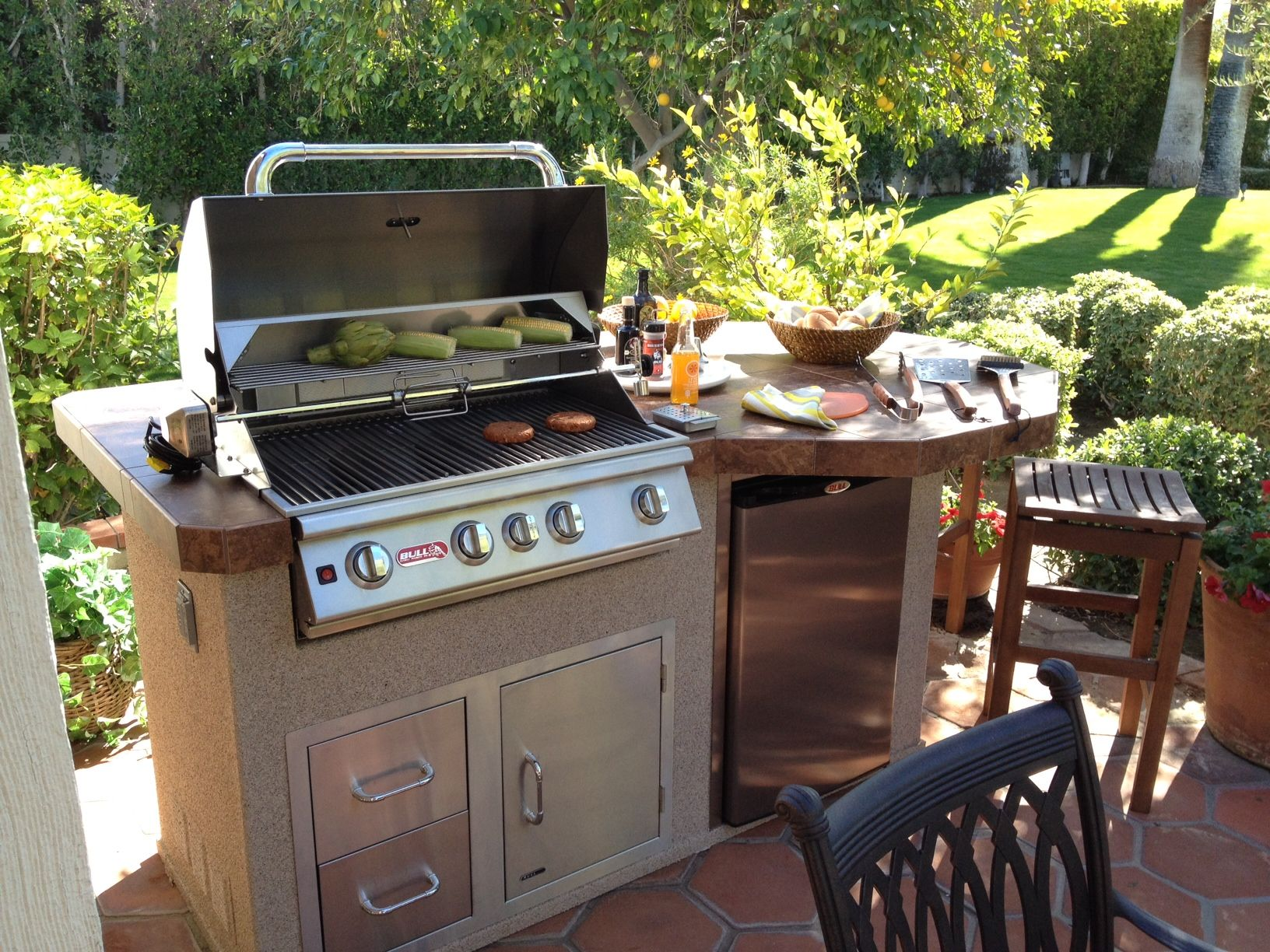 bull outdoor kitchen corner seating rodeo island bbq and accessories pinterest