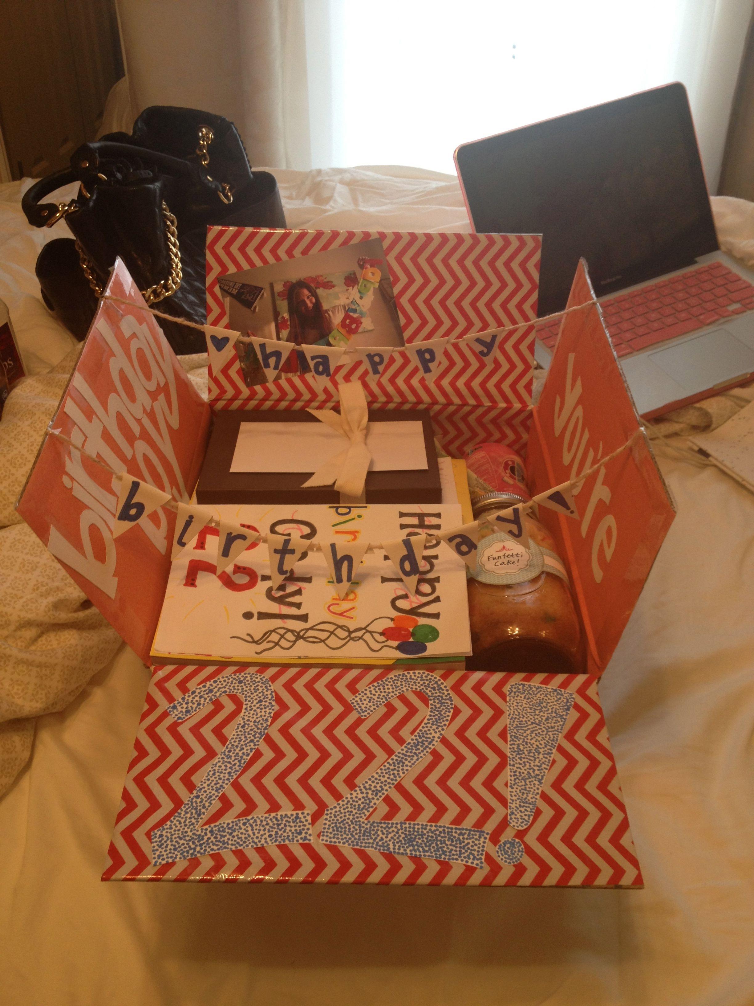 Geburtstagsbox zum 22 Geburtstag Tolle berraschung mit
