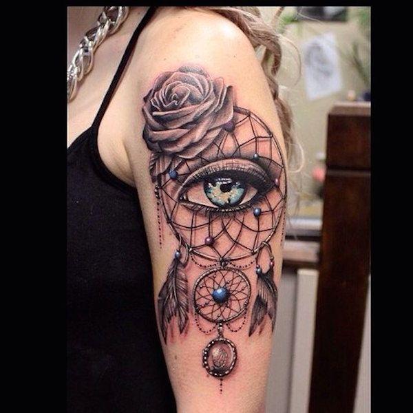 Capteur de reve femme a tatouer haut du bras avec oeil et rose effet 3d capteurs de r ves - Tatouage oeil signification ...