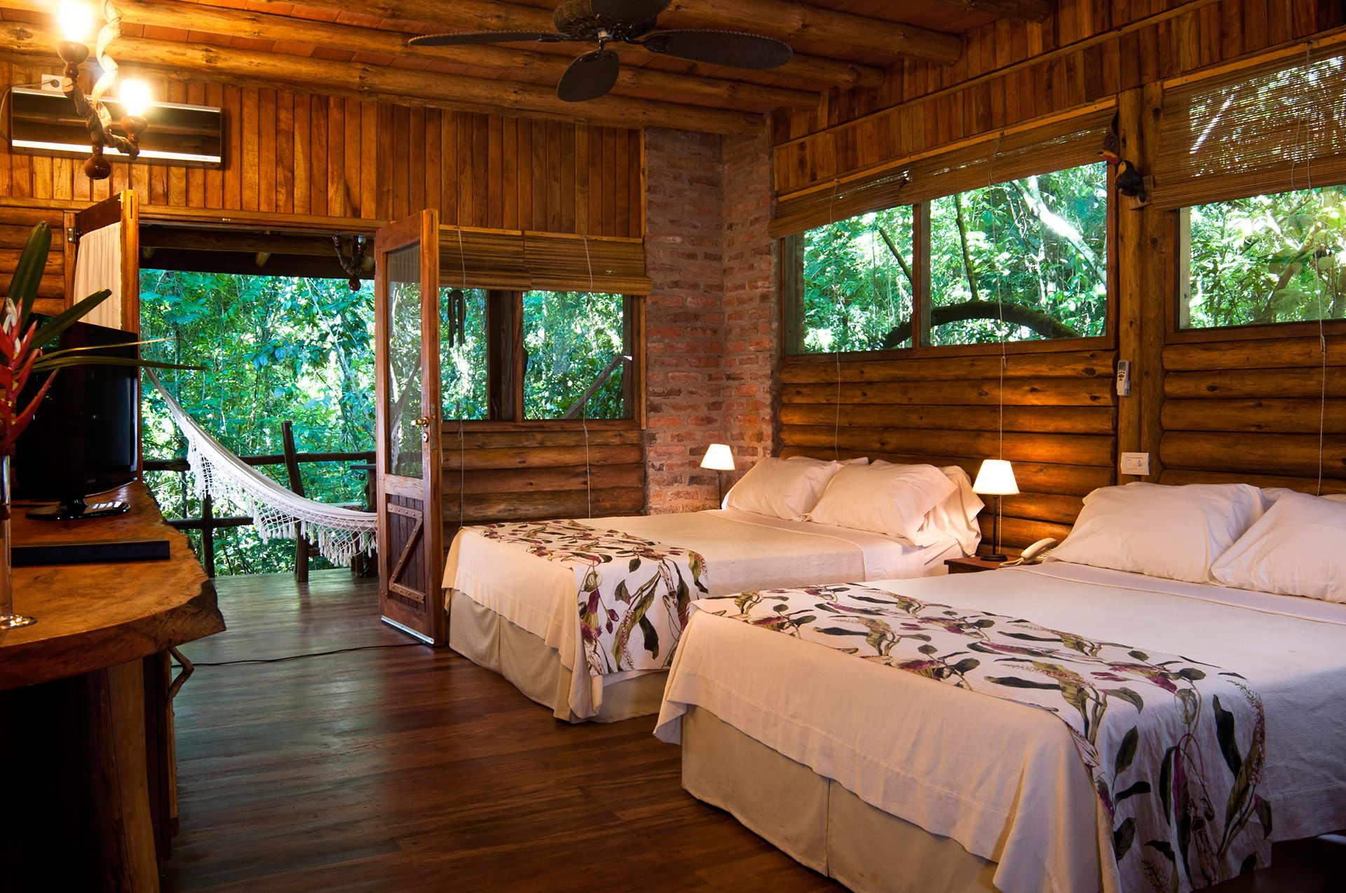 balcon en medio de la selva - Buscar con Google