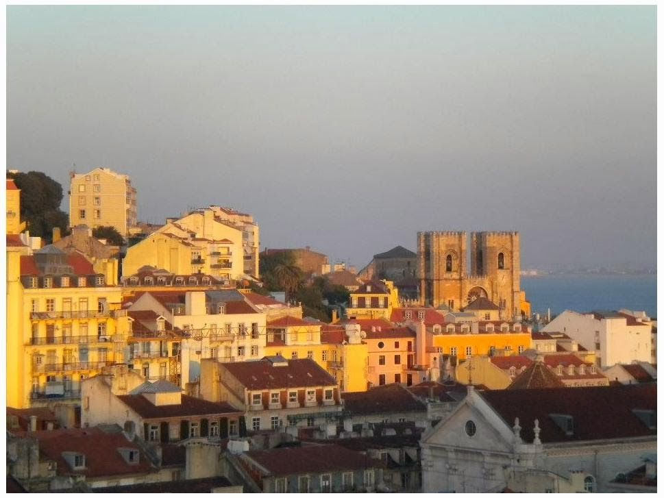 If #Portugal was never on your radar of places to visit it will be now. Fifteen photographic reasons to go there now! | Via Adventures of the Red Headed Traveler | 10/03/2014