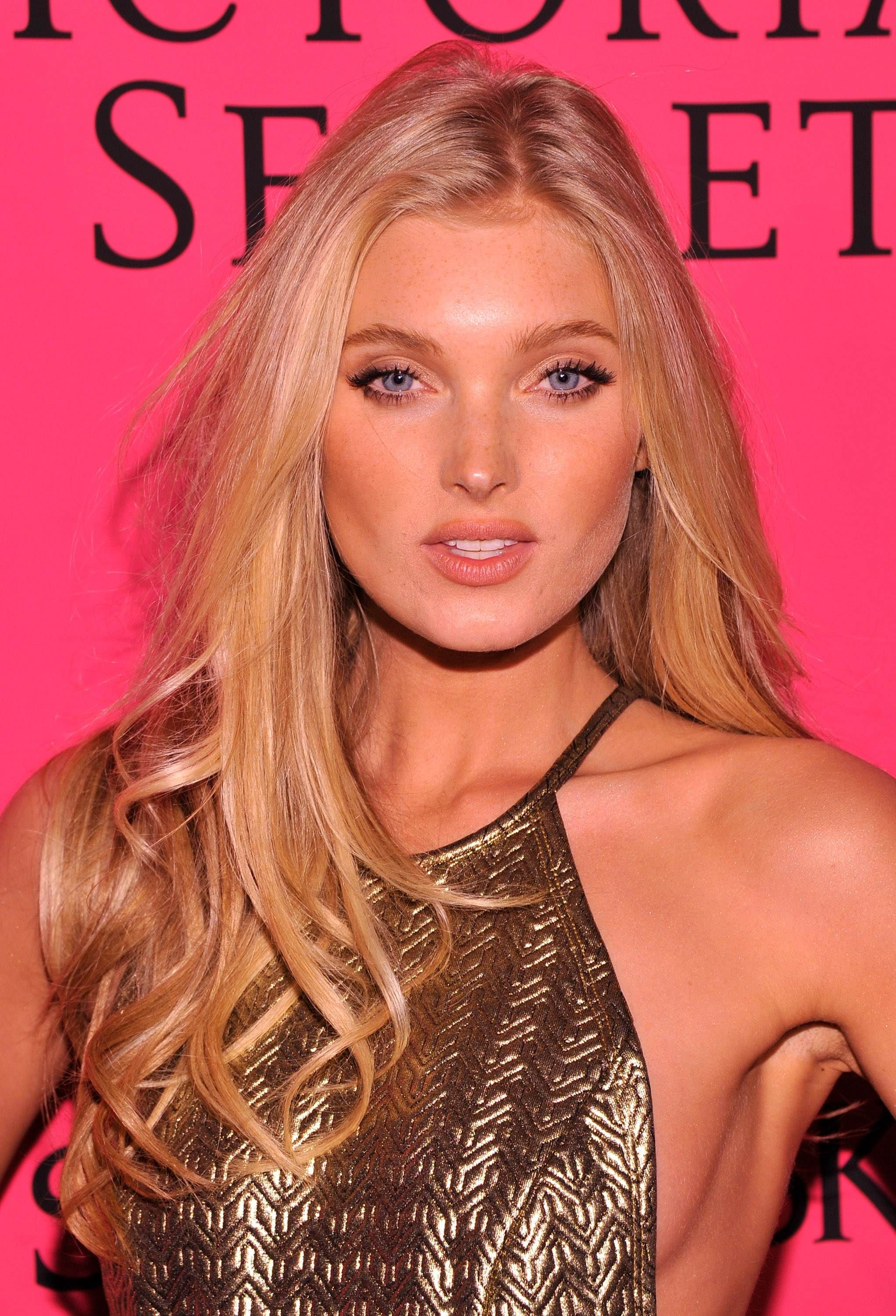Elsa hosk hair and makeup beauty pinterest elsa hosk and makeup elsa hosk hair and makeup baditri Image collections