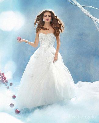 Princess-Style Wedding Dresses for the Disney Fan   Snow white ...