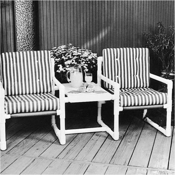 Great site fir decorating and storage with pvc pipe for Pvc outdoor furniture