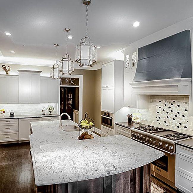 Transitional Kitchen Design. Younique Interior Designs San Antonio, TX.  Designer: Shea Pumarejo