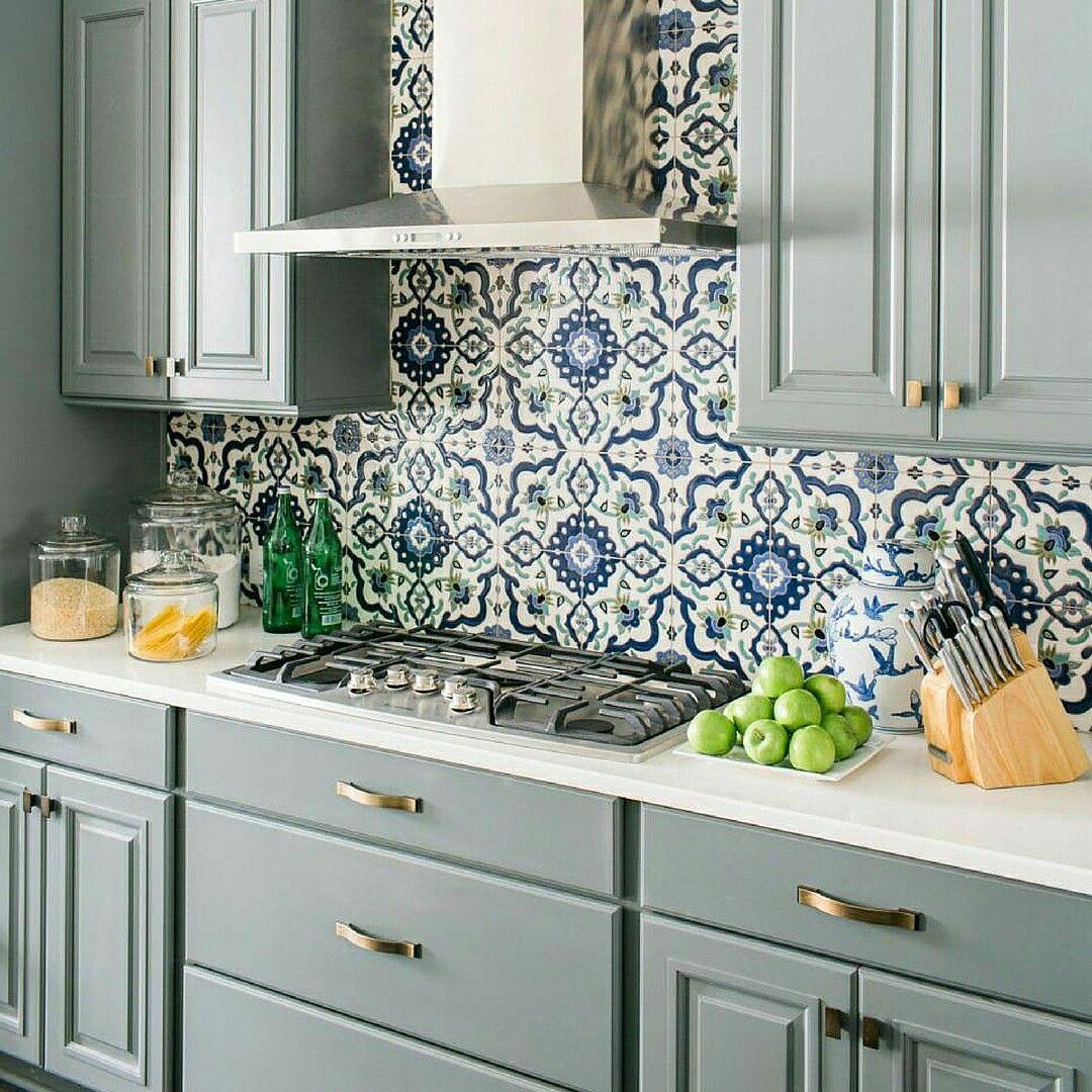pin by sharayu on kitchen kitchen kitchen backsplash kitchen tiles rh pinterest com