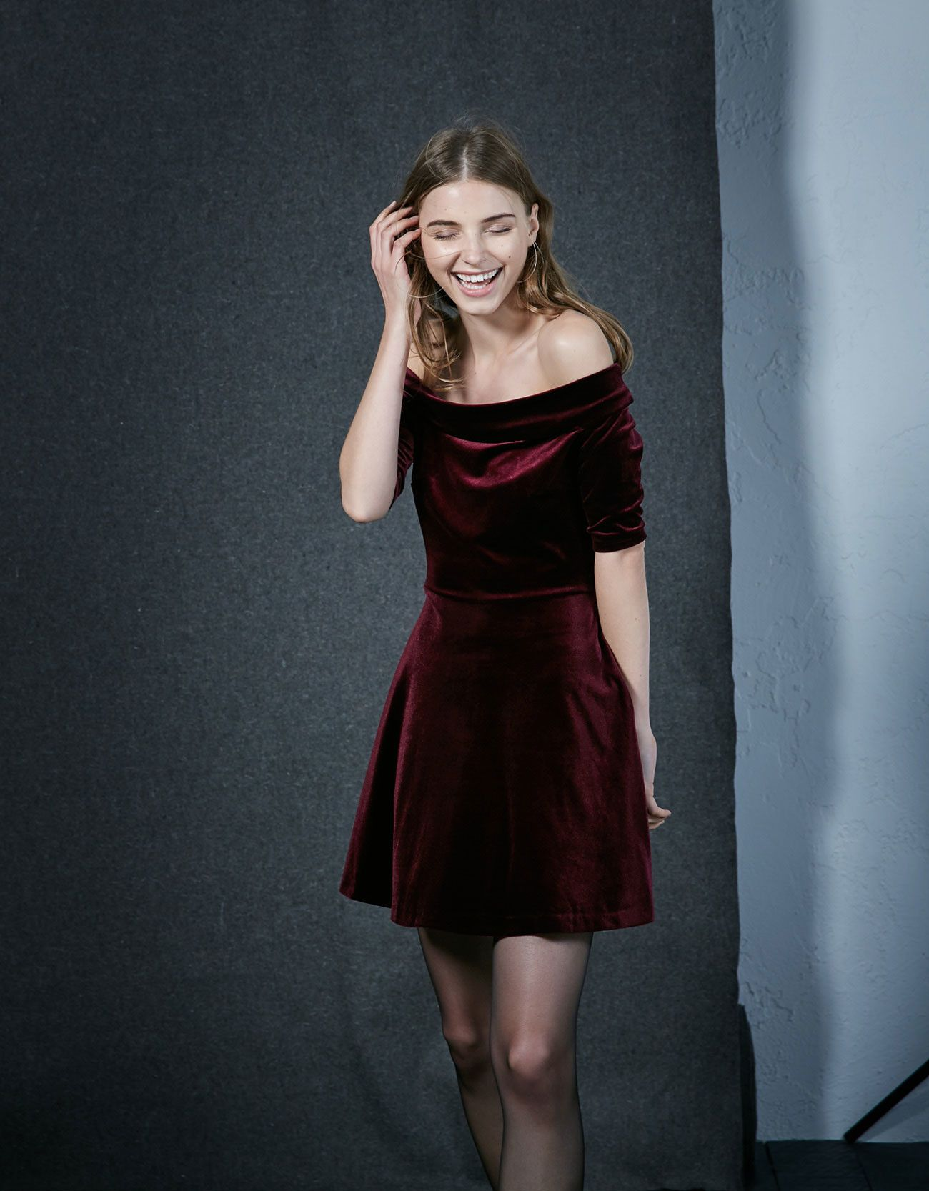 Los vestidos de terciopelo, el must have de la temporada