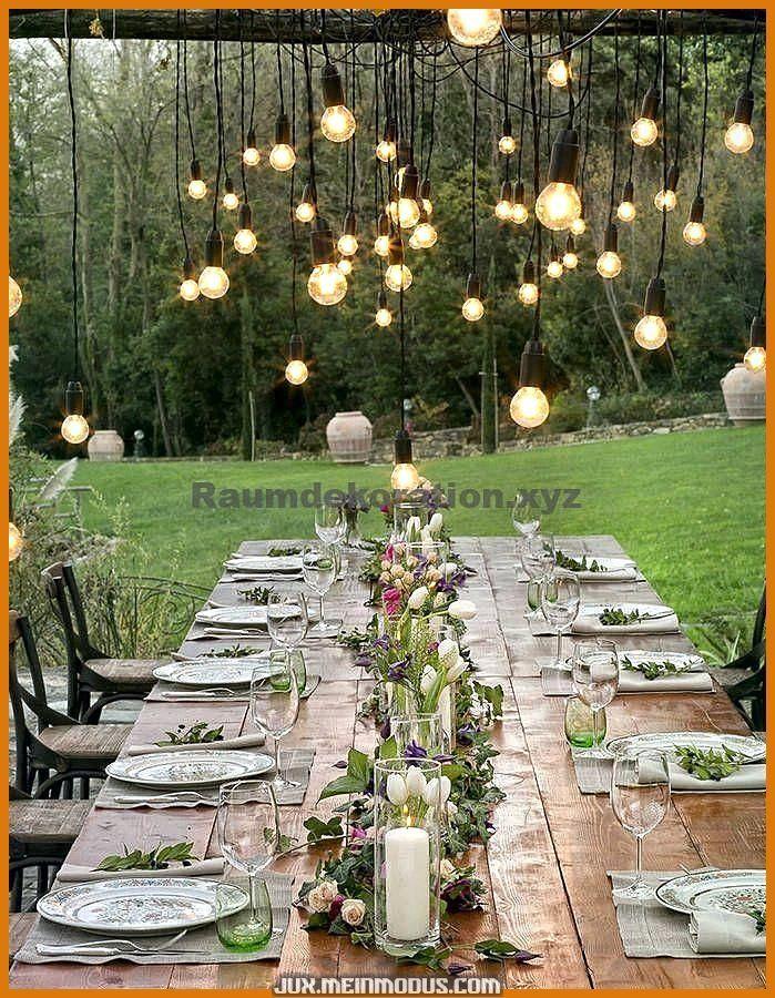Um Excelente Decorações de mesa de tálamo únicas e criativas: um tálamo no campo em idéias de decoração Decoração de mesa de tálamo única e cria... #campo #criativas #decora #ideias #talamo #unicas