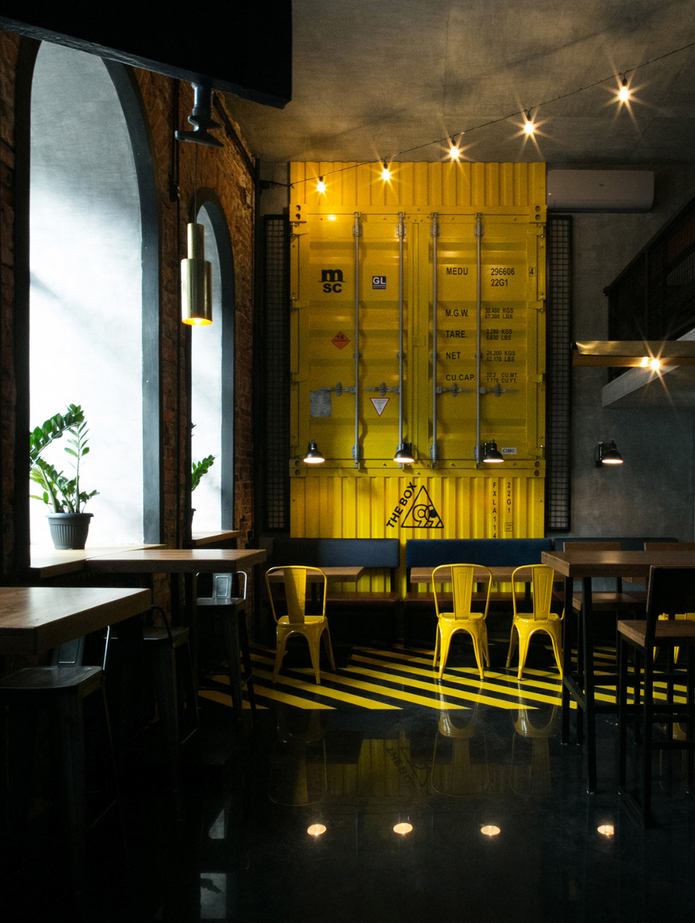Behance 搜索 Bar restaurant interior, Bar design