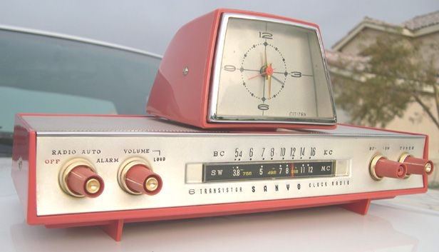 The Vault Of The Atomic Space Age With Images Clock Vintage Clock Radio