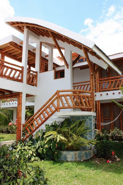 Bamboo House Design Ideas: Natural Bamboo House Design