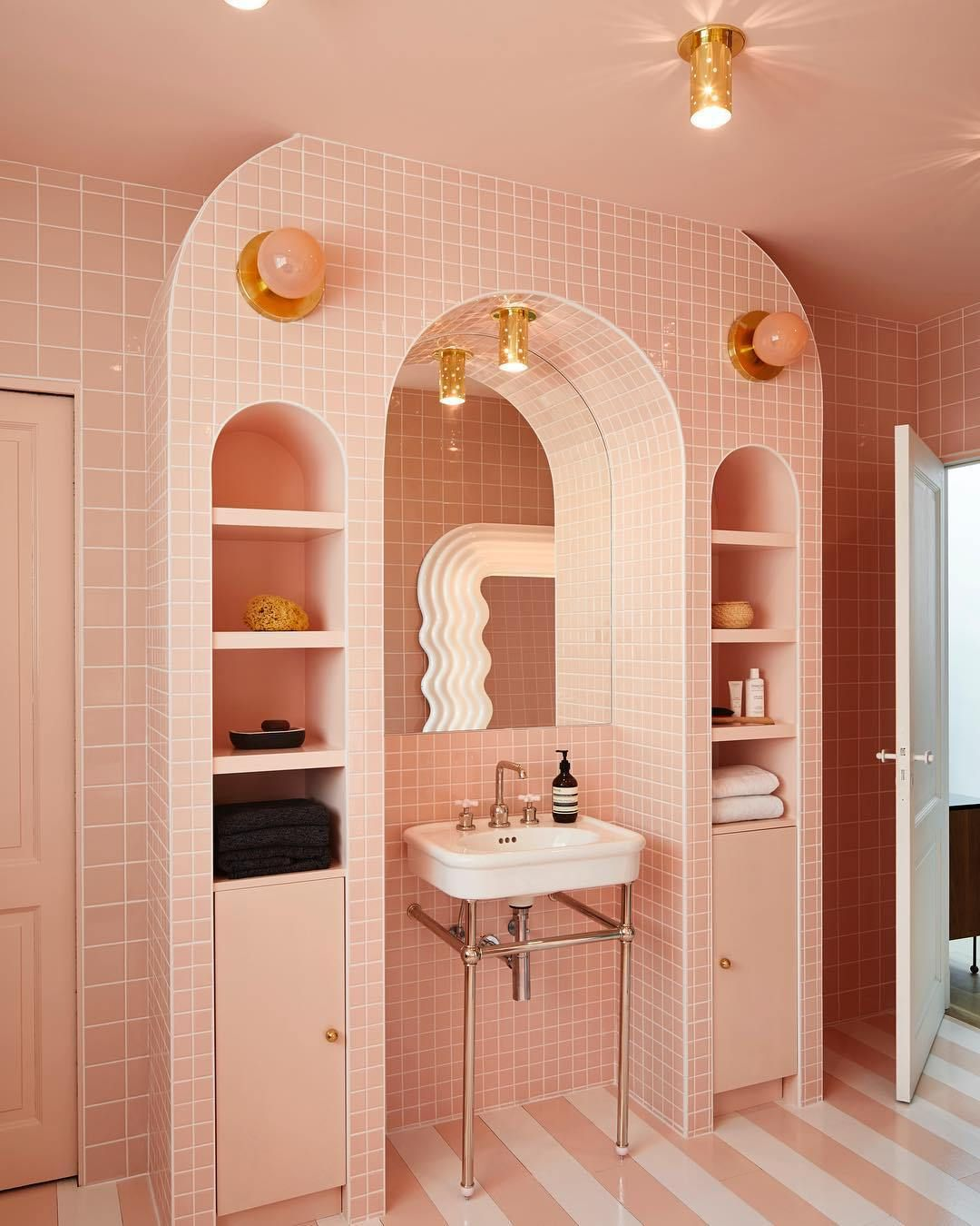 Photo of 5 Vintage Inspired Pink Bathrooms Mass About Matter Blog