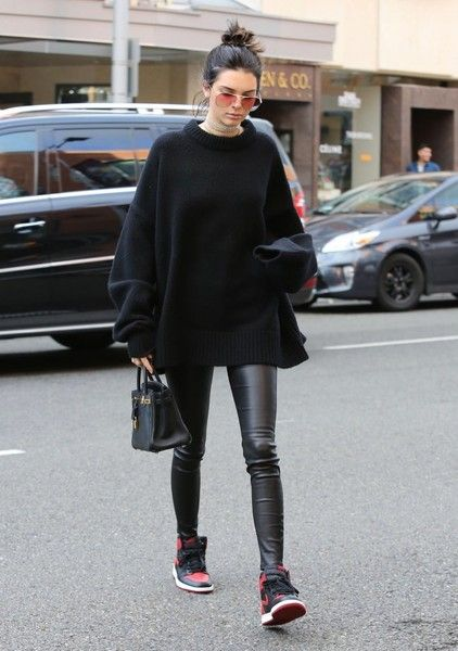 091cdbbdd48 Kendall Jenner Crewneck Sweater - Kendall Jenner grabbed lunch in West  Hollywood wearing an oversized black sweater and leather skinnies.