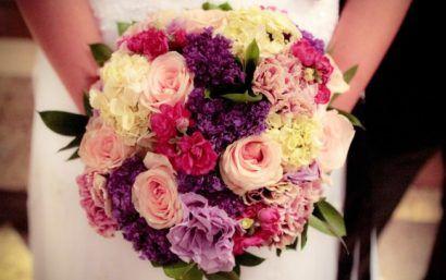 modelos de buque de flores para noivas coloridos