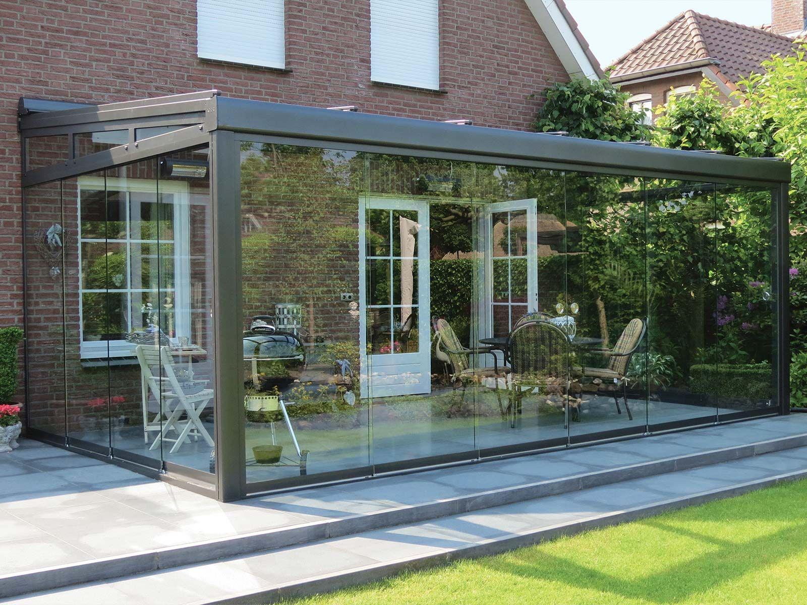 Ganzglas Schiebeelemente Terrado Geschlossener Innenhof