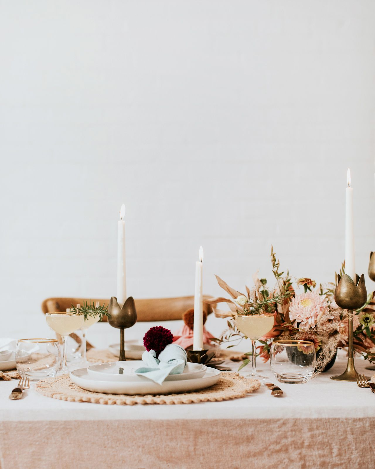 Friendsgiving 2018 Holiday Cocktail Recipes