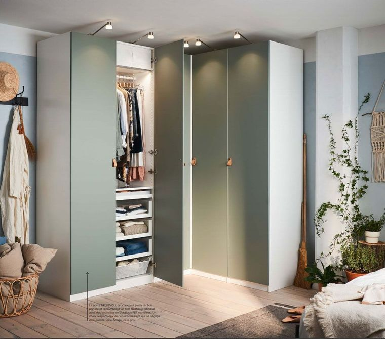 Catalogue Armoires Et Dressings Ikea 2019 Rangements Pratiques Ikea Armoire Chambre Penderie D Angle Mobilier De Salon