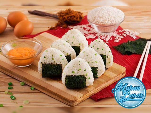 Cara Membuat Onigiri Isi Telur Camilan Resep Makanan Jepang