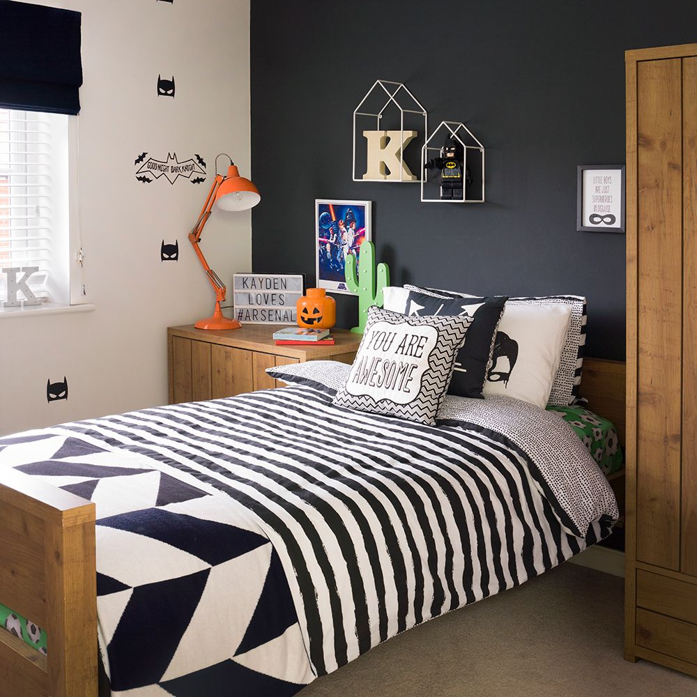 Childrens Bedroom Blinds Grey Bedroom Lighting Build In Bedroom Cupboards Victorian Bedroom Ideas: Teen's Bedroom With Feature Grey Wall And Monochrome Bed