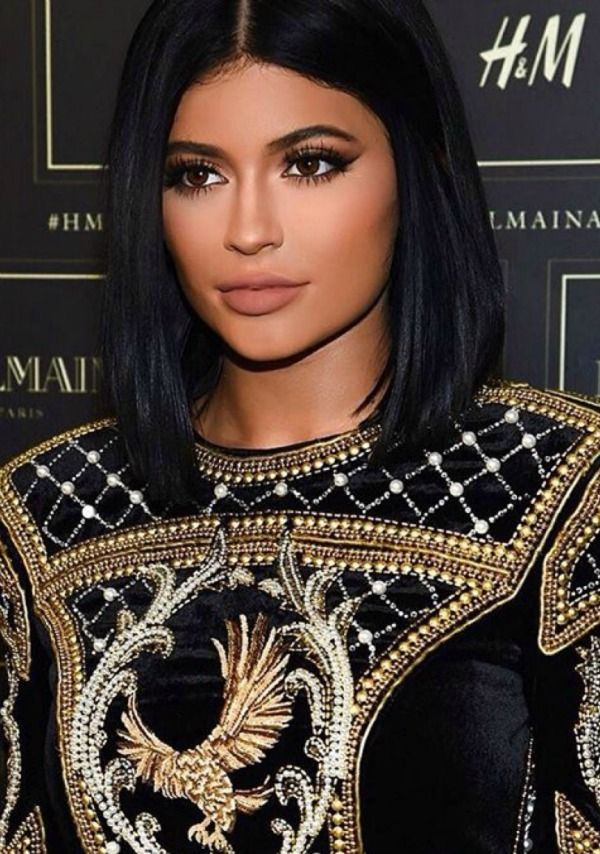 Trend Talk Get The Blunt Black Bob Hair Jenner Hair