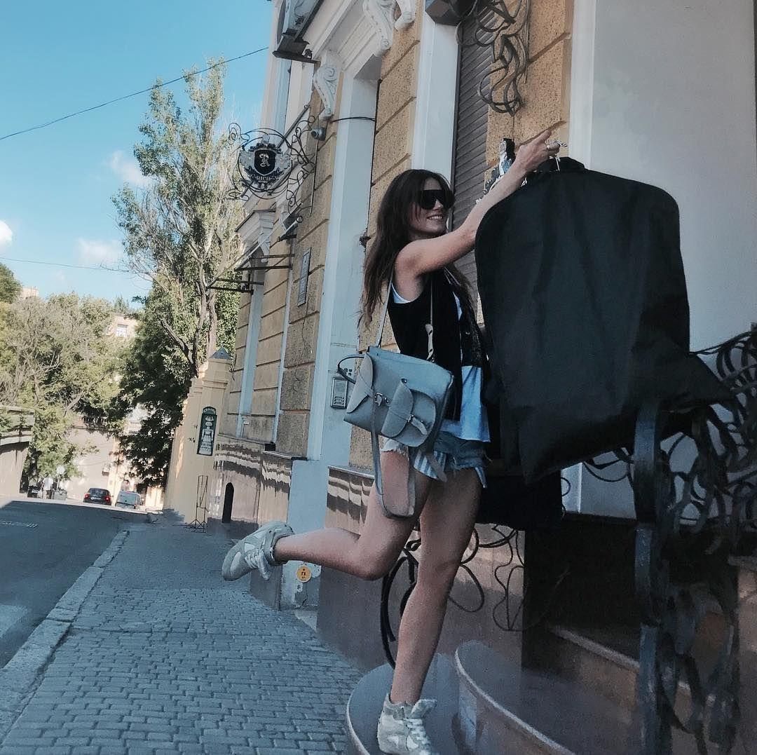 "52 Likes, 3 Comments - Sofia  Gavrylova (@so_fia_) on Instagram: ""Тот самый счастливый случай, когда ты влюблён 💓! Влюблён в свою работу 💭"""