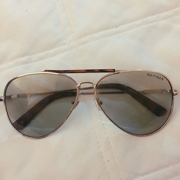 Authentic Tommy Hilfiger sunglasses Gently used vintage Tommy Hilfiger sunglasses Tommy Hilfiger Accessories Glasses