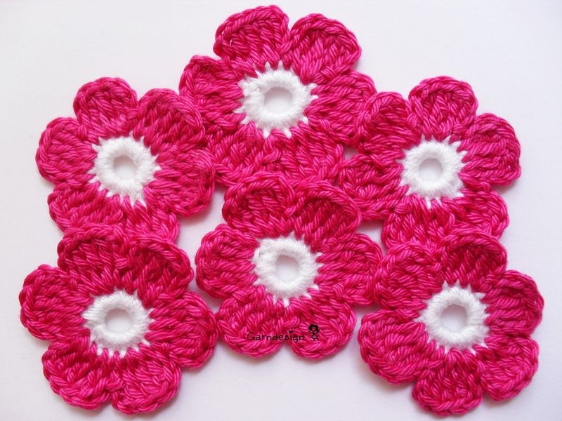 6 Crochet Flowers