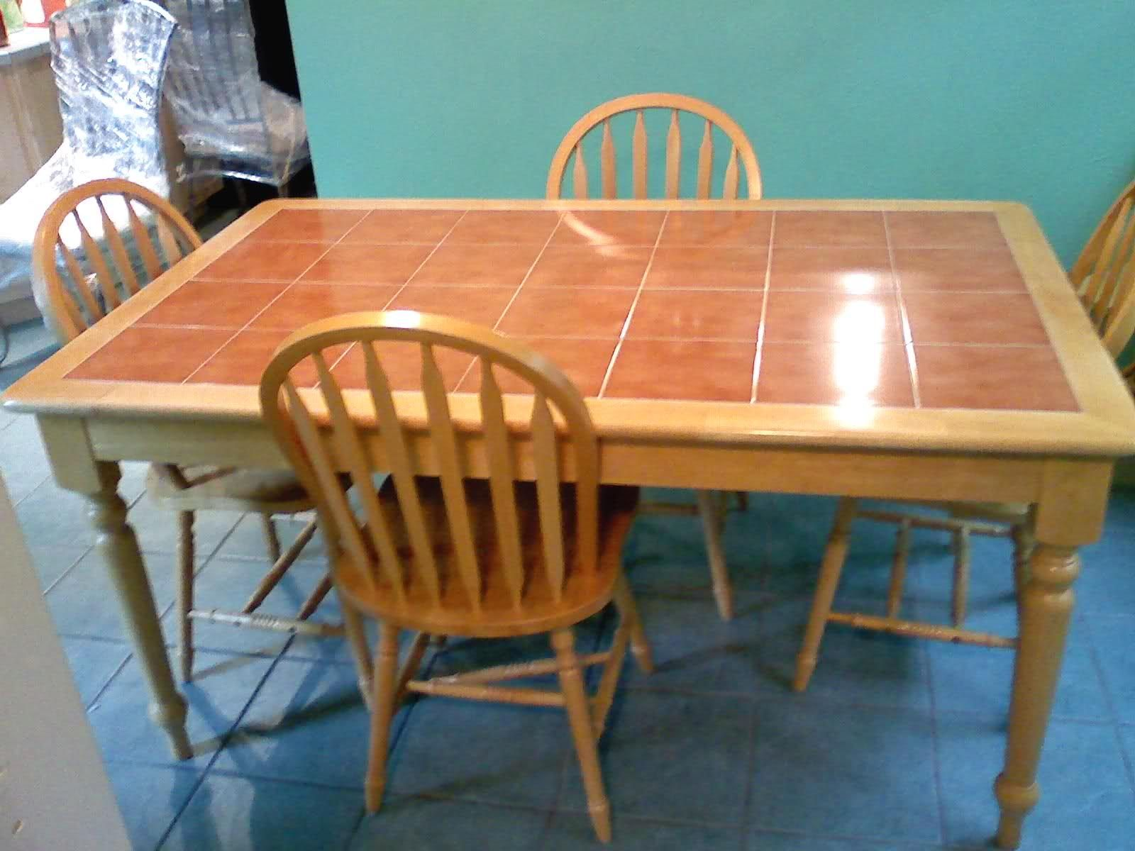 Wood Kitchen Table With Tile Top Top Kitchen Table Kitchen Table Makeover Farm Kitchen Decor