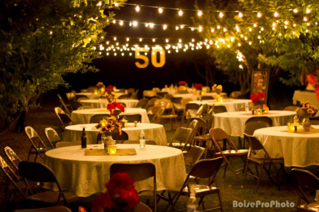Outdoor party | 50th wedding anniversary decorations