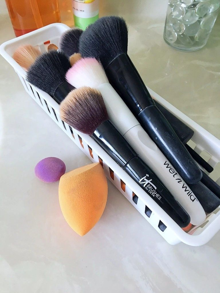 Pin by Sam White on MAKEUP How to clean makeup brushes