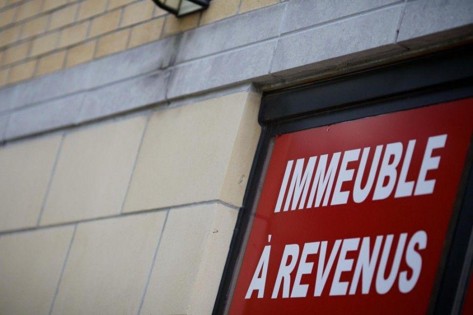 L Hypotheque Un Tremplin Pour Investir En Immobilier Garage Doors Outdoor Decor Broadway Shows
