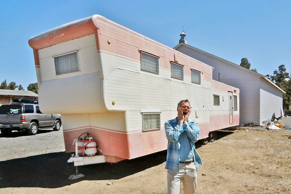 Love This Vintage Two Story Mobile Home And It Even Has A Rooftop Deck Description