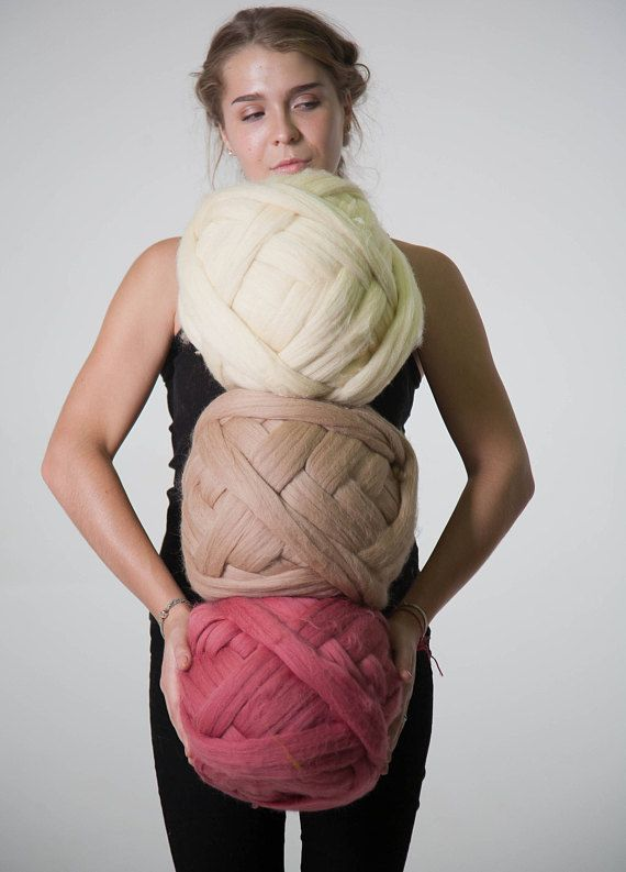 Super Bulky yarn 100% Wool. Great for chunky knits, Arm Knitting ...