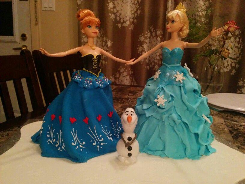 Frozen doll cake reine des neige g teau robe elsa anna et olaf mes r alisations frozen - Robe reine des glaces ...