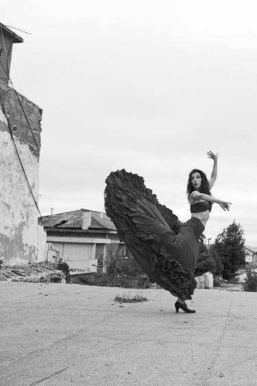 """Arte Grupo TheBlackSheep artista Saatchi;  Fotografía, """"La bailarina de Lisboa Proyecto # 3 (edición limitada de 3 + 1 impresiones)"""" #art"""