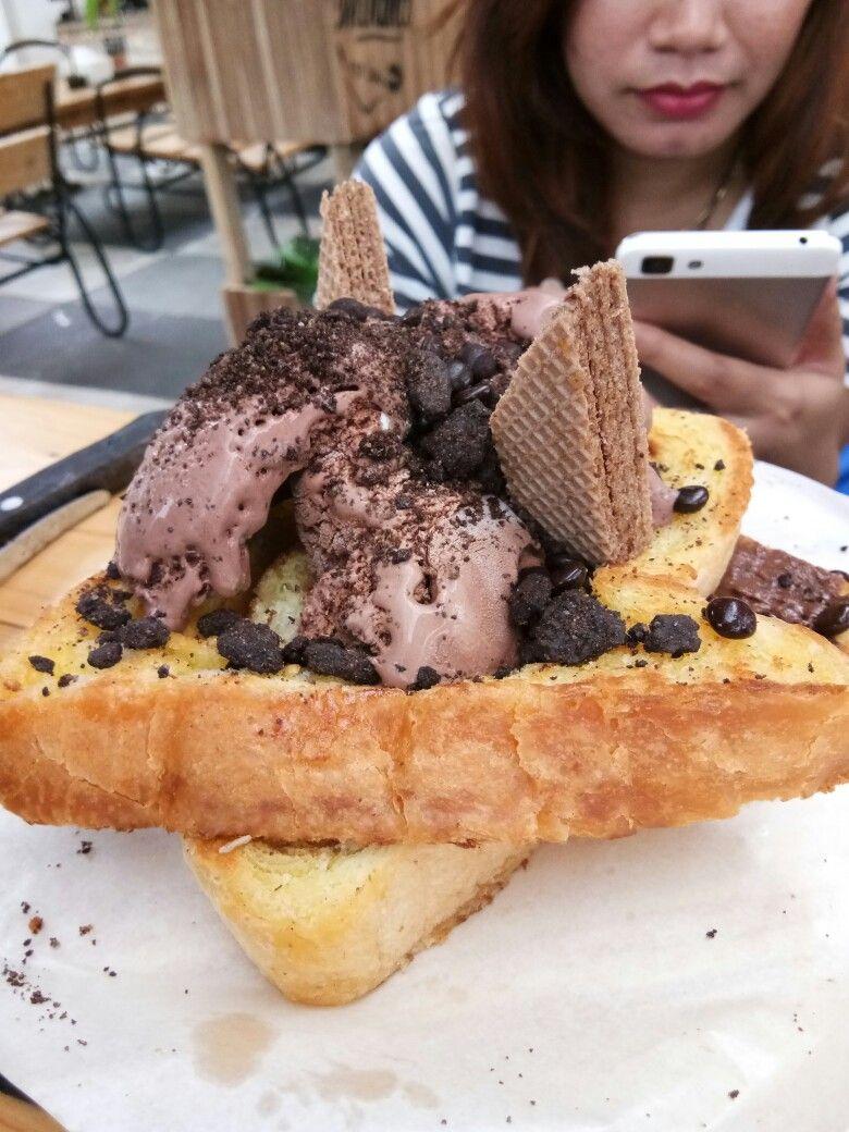 Roti Bakar Dengan Topping Ice Cream Es Krim Roti Resep