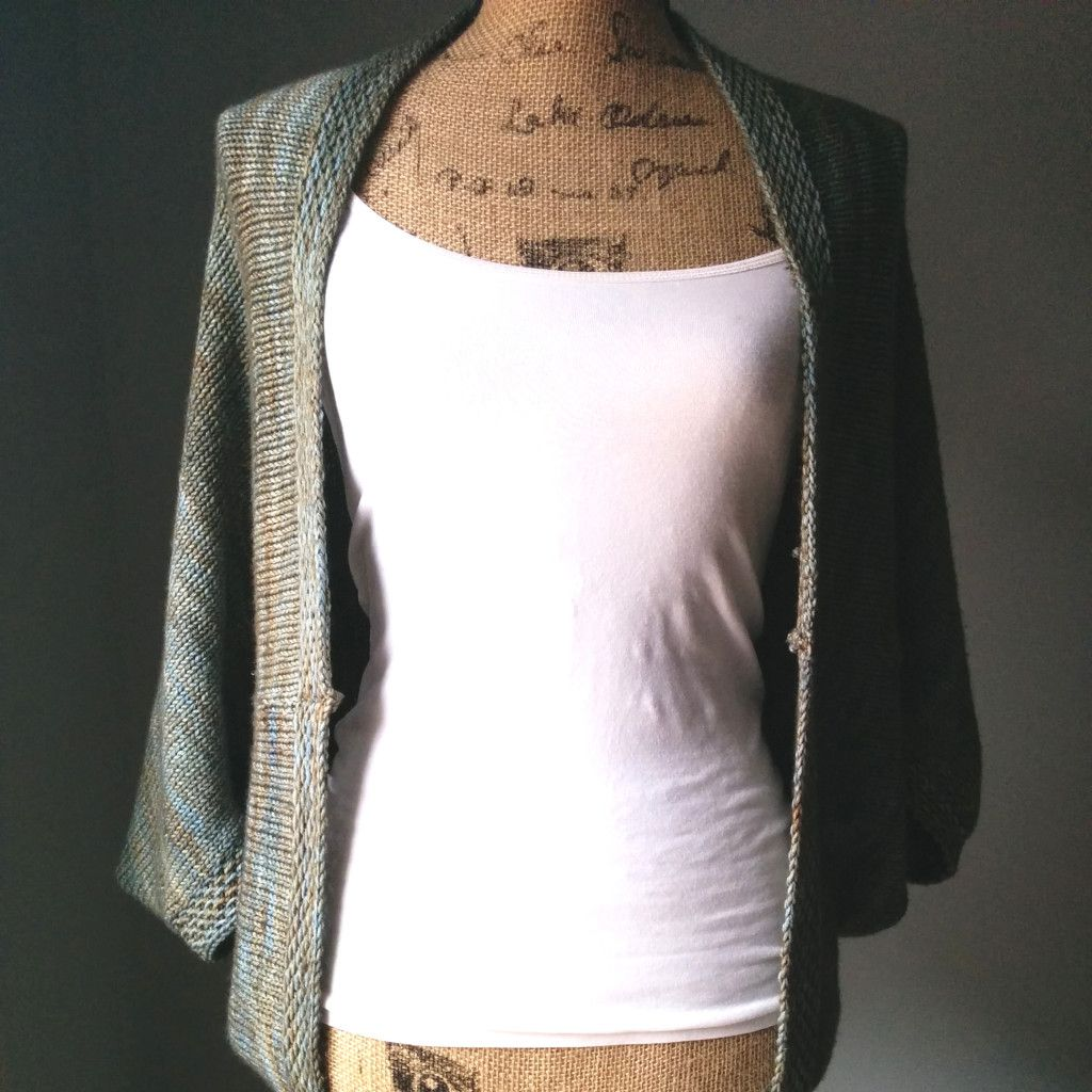 simple knit shrug front | Crochet | Pinterest | Dos agujas, Labores ...
