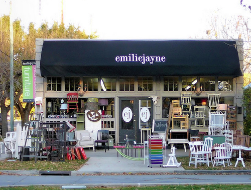 Marvelous Emilie Jayne In Salt Lake City Is The Best Vintage Home Interior And Landscaping Ologienasavecom