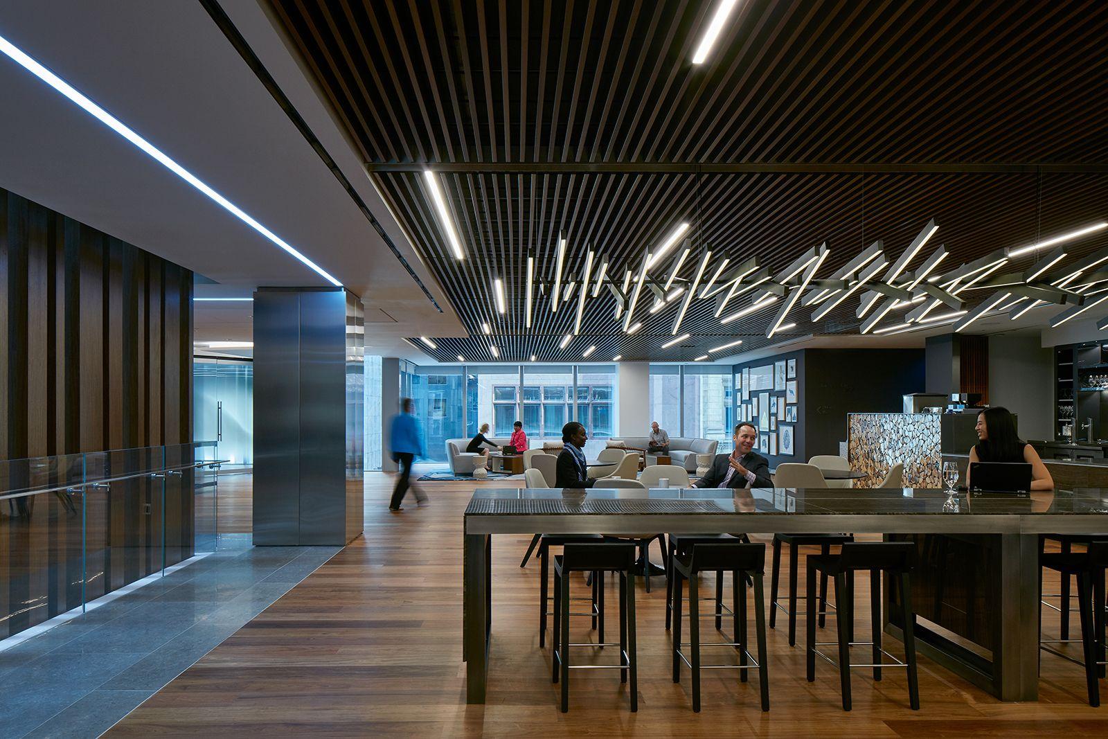 A Tour Of Deloitte S New Sleek Toronto Office Office Interior