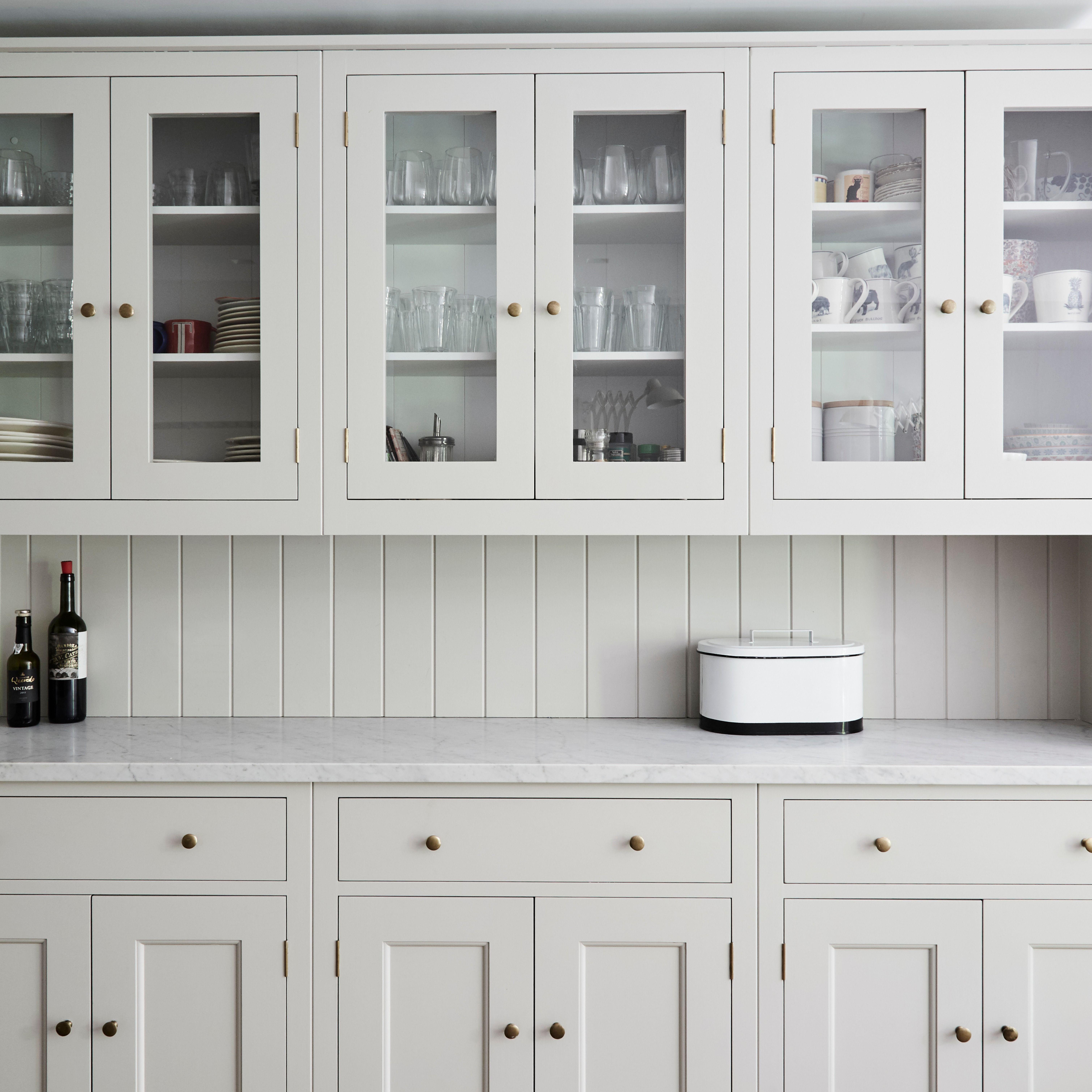 Plain English Spitalfields Kitchen Kitchen Remodel Plain English Kitchen Glazed Kitchen Cabinets