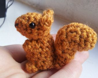 Easy Amigurumi Pdf : Crochet squirrel pattern amigurumi pdf pattern for simple cute