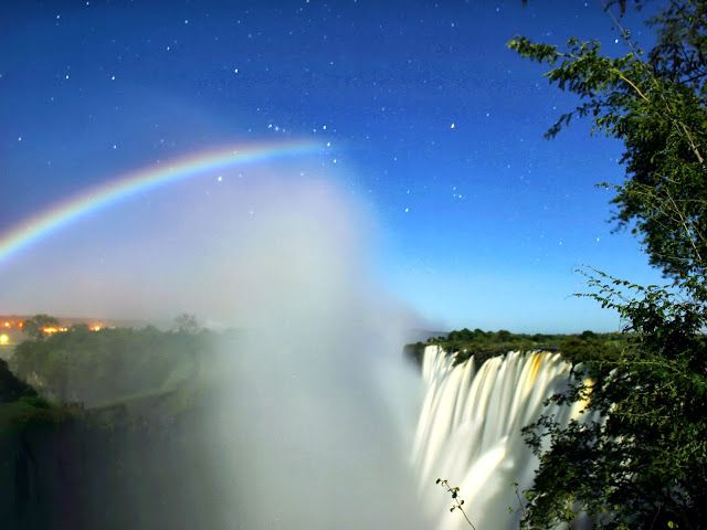 Meteo Beauty: Meteorological Phenomena: Moonbow
