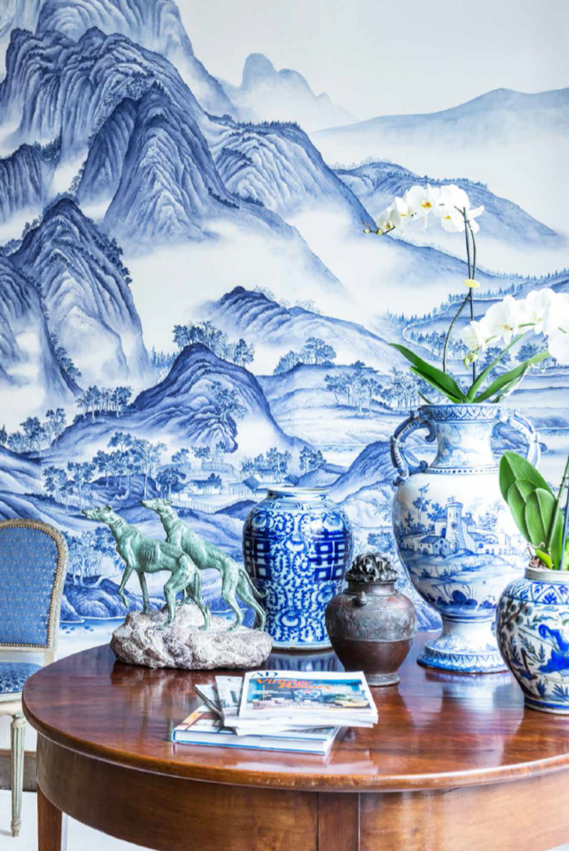 Wonderful De Gournay wallpaper inspired by Chinese art.